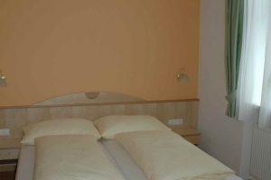 Gasthof Neupradl Zimmer 01